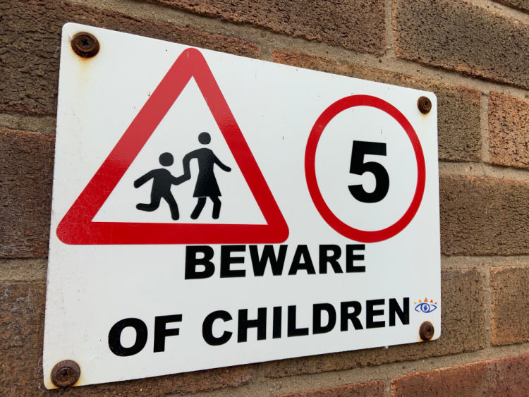 Beward of Children sign