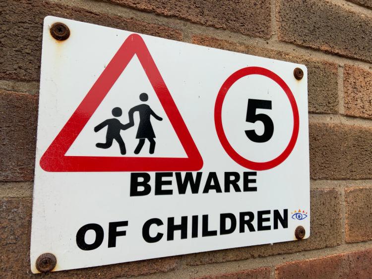 Beward of Children sign